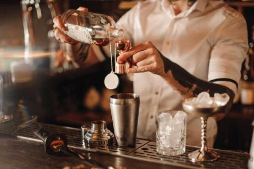 Learn bartender en español